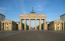 Berlin,_Mitte,_Pariser_Platz,_Brandenburger_Tor_03