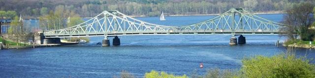 Glienicker_Brücke