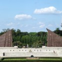Sowjetisches Ehrenmal im Treptower Park - Fahnen aus Granit
