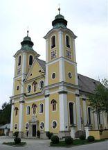 St._Johann_in_Tirol_Dekanatspfarrkirche_Maria_Himmelfahrt-1